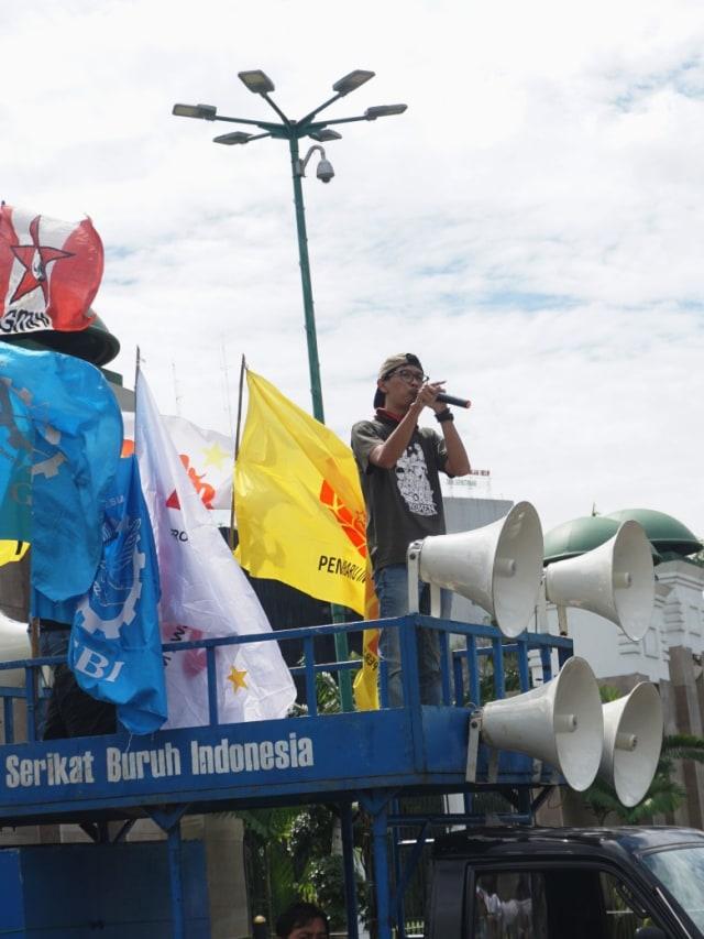 Tim Advokasi Demokrasi Gugat Surpres Jokowi soal RUU Cipta Kerja ke PTUN  (183853)