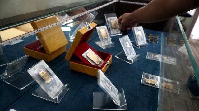 Harga Emas Antam Hari Ini Turun Rp 15.000, Jadi Rp 1.009.000 per Gram (103490)