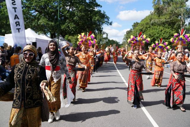 Ragam Budaya Indonesia Meriahkan Moomba Festival Parade 2020 di Melbourne (210175)