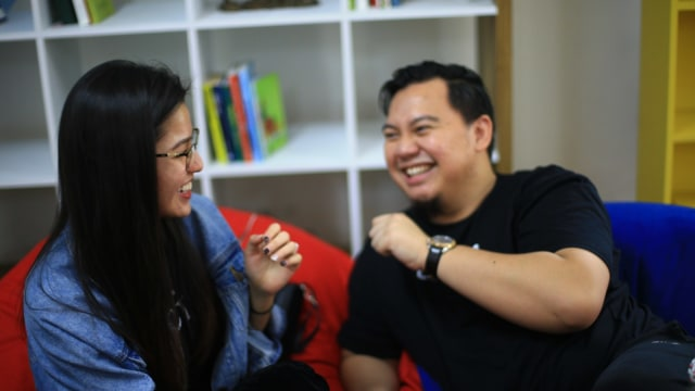 Foto: Chandra Liow, Tommy Limmm, dan Susan Sameh Cerita Keseruan Film Bucin (36769)