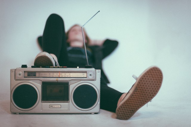 Cara Radio Bertahan Di Era Digital