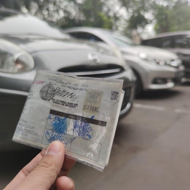 Berita Populer: Perpanjang STNK Atas Nama Orang Lain; Renault Kiger Indonesia (121457)