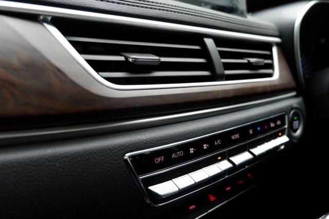 2 Kebiasaan Salah Saat Menghidupkan AC Mobil (620998)