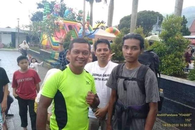 Pemuda Jepara Jalan Kaki 6 Bulan dari Jateng ke Jambi demi Taklukkan 10 Gunung (286055)
