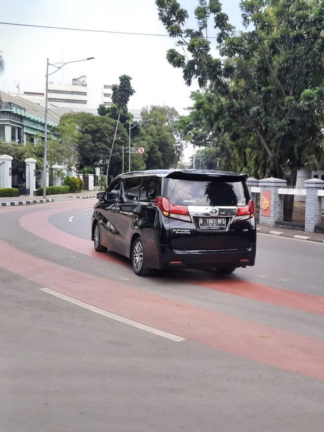 PTR - Mobil Dinas Menteri Berdatangan Ke RSPAD