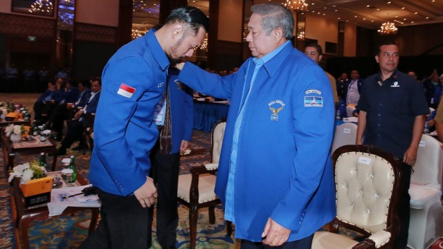 Ngabalin ke SBY soal Tudingan Dalangi Demo UU Ciptaker: Jangan Terbawa Perasaan (1)
