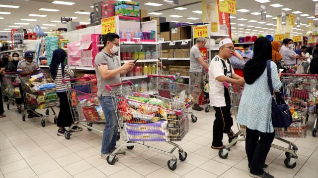 5 Kebiasaan Belanja di Supermarket Ini Bisa Bikin Pengunjung Lain Jengkel Lho! (63027)
