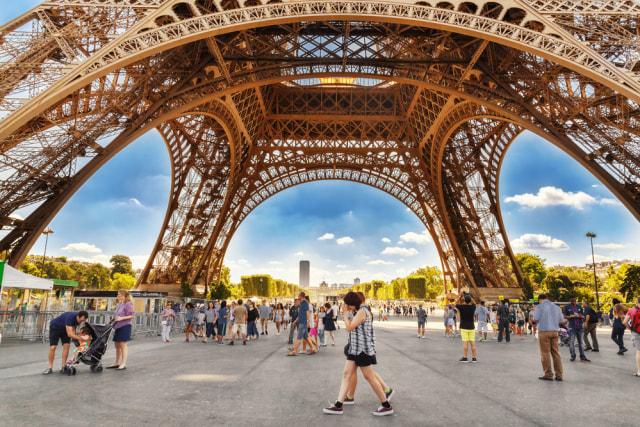 5 Fakta Menarik Menara Eiffel, Awalnya Bukan Untuk Ikon Kota Paris (23118)
