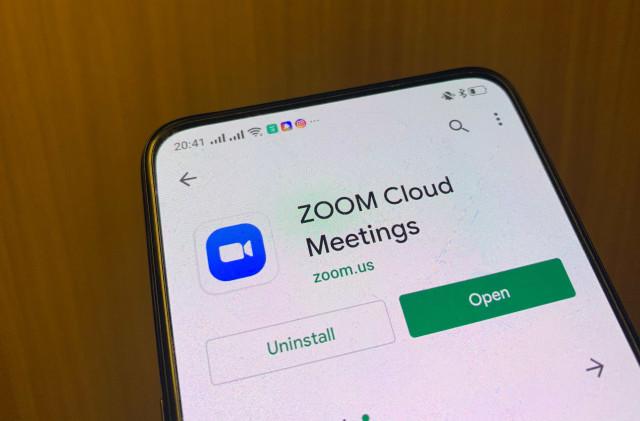 Cara Pakai Aplikasi Zoom di HP dan Laptop untuk Video Conference ...