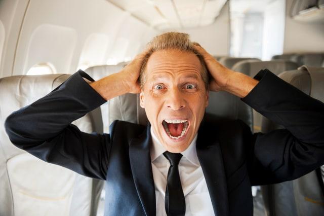 United Airlines Peringatkan Awak Kabin Tak Gunakan Lakban Atasi Penumpang Onar (57374)