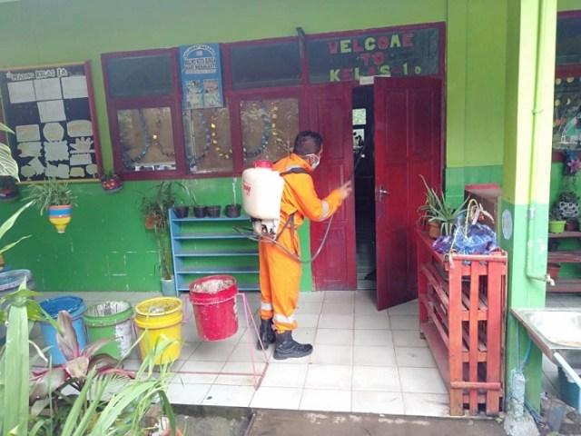 Cegah Penyebaran Corona, Fasum di Tinggimoncong Disemprot Disinfektan (738924)