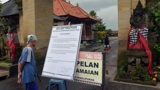 Cerita Bupati dan Wabup Bangli Donasikan Gaji Bantu Warga Terdampak PPKM Level 3 (236028)
