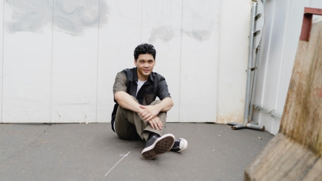 Mikha Angelo Rilis Single Solo Perdana Berjudul Shot (851068)