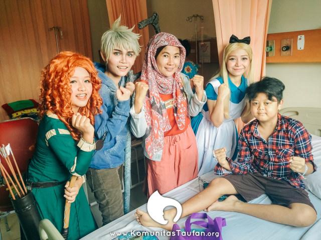Komunitas Taufan, Berbagi Kebahagiaan Bersama Anak-anak Penyintas Kanker (481943)