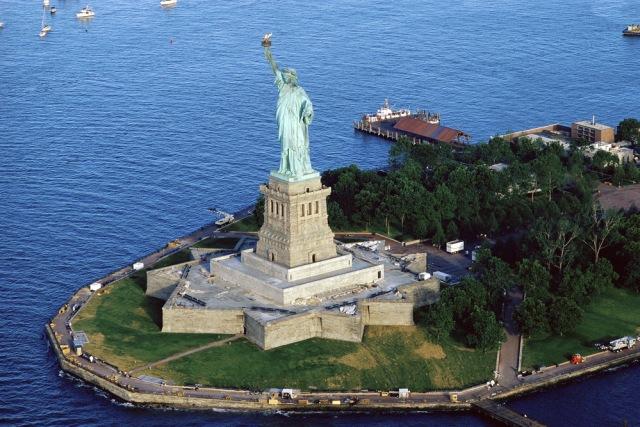 Hati-hati, Ini 7 Barang yang Sebaiknya Tak Kamu Bawa Saat ke Amerika Serikat (7521)