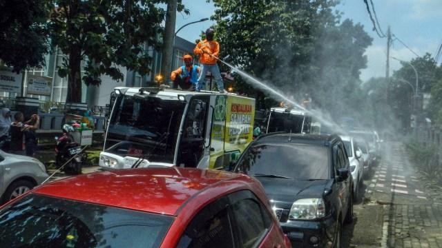 Cegah Corona, Perlukah Semprot Disinfektan ke Bodi Mobil? (152297)