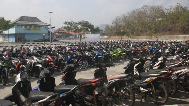Di Tengah Wabah Corona, Ribuan Perantau Wonogiri di Jabodetabek Pulang Kampung (101845)