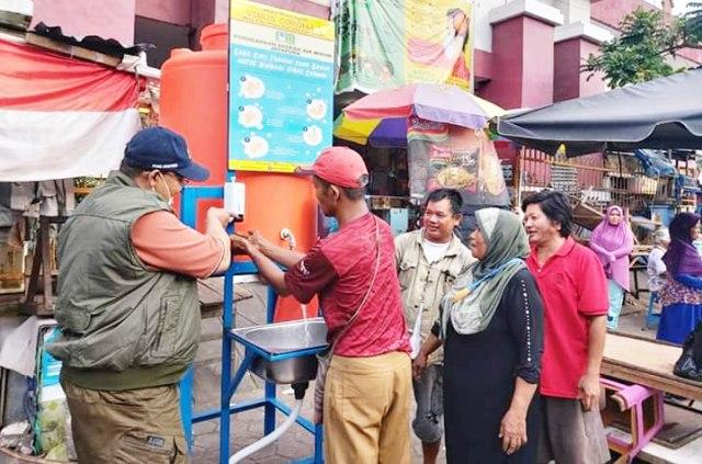 Salah satu tempat cuci tangan yang dibangun PDAM Jayapura di Pasar Hamadi, Kota Jayapura-Foto dok Humas PDAM Jayapura.jpg
