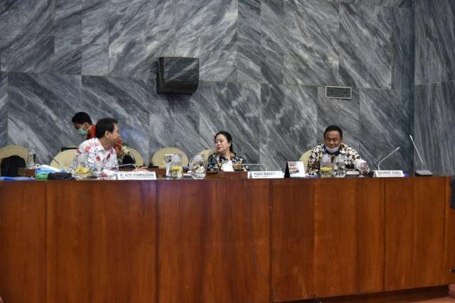 rapat Konsultasi membahas pembukaan masa sidang DPR.