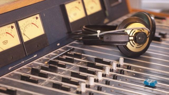 Peluang Bisnis: Rekomendasi Bisnis Menarik Bagi yang Gemar Musik (1148520)