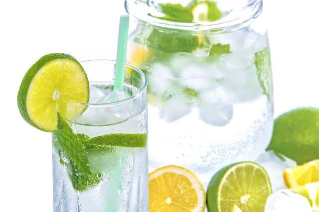 5 Manfaat Minum Air Lemon Setiap Pagi, Cegah Berat Badan Naik hingga Dehidrasi (1)