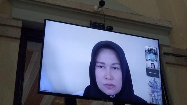 Sidang Digelar Online, Istri Hakim PN Medan Didakwa Lakukan Pembunuhan Berencana (444)