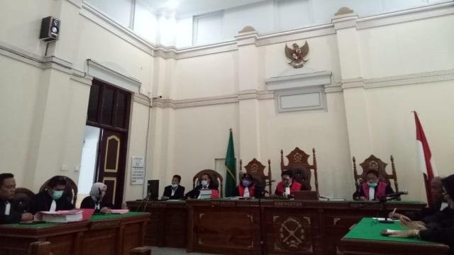 Sidang Digelar Online, Istri Hakim PN Medan Didakwa Lakukan Pembunuhan Berencana (443)