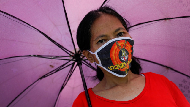 Polres Mamasa Napelau Lako Anggana Masyarakat Umpake Masker (82703)