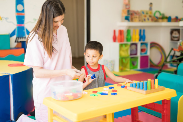 7 Salah Kaprah seputar Autisme pada Anak  (446145)