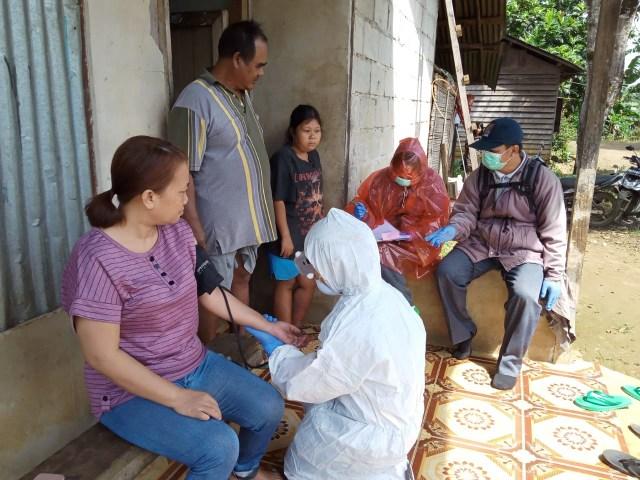 Tes Kesehatan Desa Pisak, Bengkayang, Kalbar