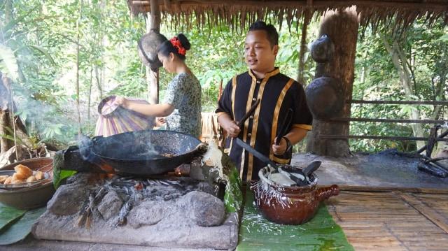 Serunya Berwisata Sambil Belajar Kebudayaan di Mari Mari Culture Village, Sabah (77057)