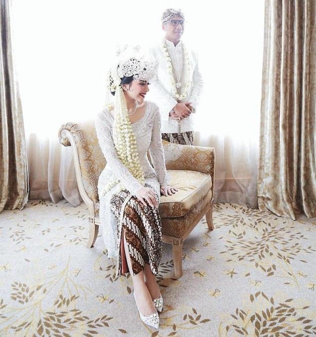 Selebgram Rica Andriani Menikah saat Marak Corona, Suami Dicopot dari Jabatan (109910)