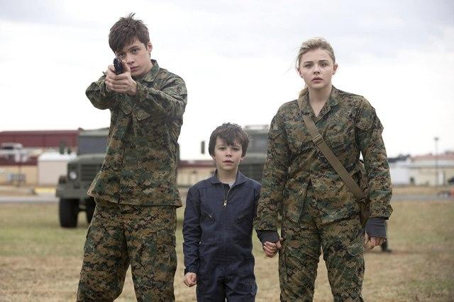 Sinopsis Film The 5th Wave, Tayang Malam Ini di Bioskop Spesial Trans TV (212990)
