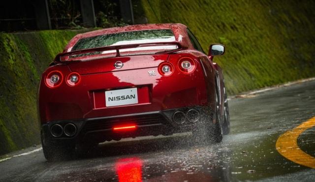 Mengenal Spesifikasi Nissan GT-R yang Dikemudikan Almarhum Wakil Jaksa Agung RI (9157)