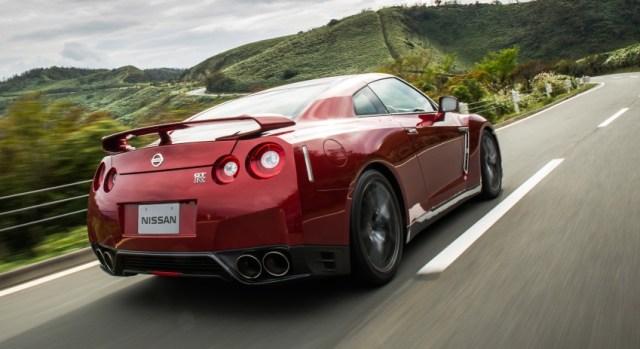 Mengenal Spesifikasi Nissan GT-R yang Dikemudikan Almarhum Wakil Jaksa Agung RI (9155)