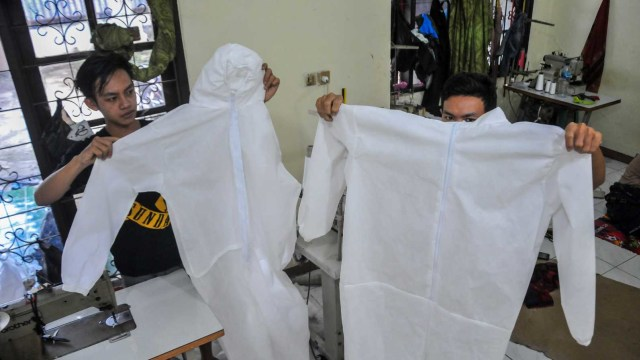 Impor Bahan Baku Hand Sanitizer sampai APD Bebas Bea Masuk agar Ekonomi Tumbuh (733982)