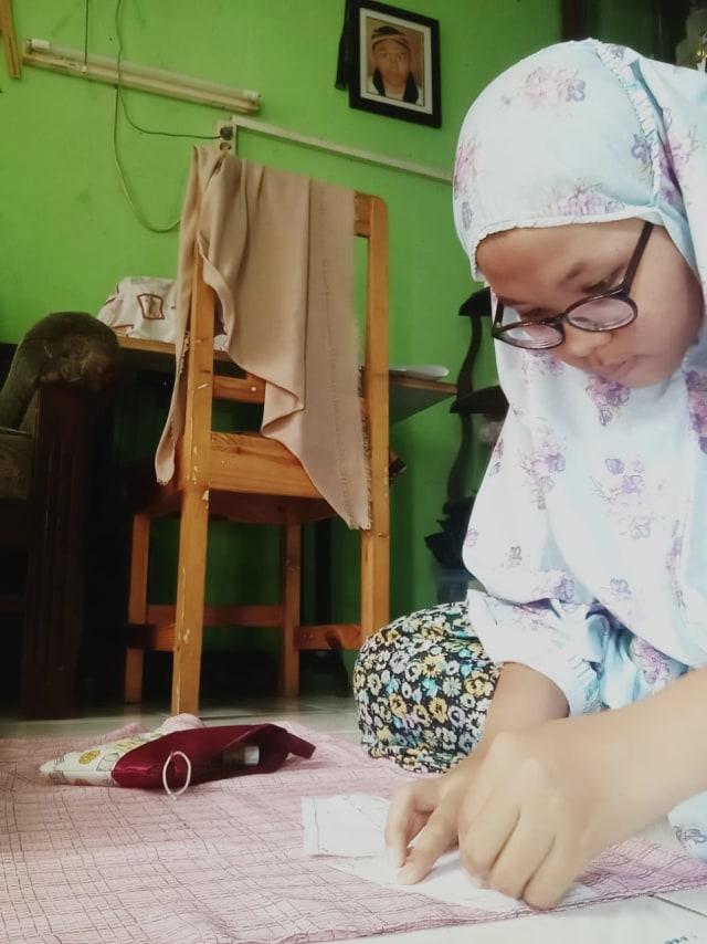 Saat Siswa SLB Tuli Jadi Relawan Pembuat Masker Kain Bantu Lawan Corona (8087)