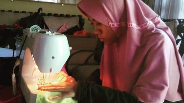 Saat Siswa SLB Tuli Jadi Relawan Pembuat Masker Kain Bantu Lawan Corona (8084)
