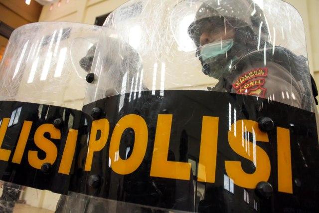Viral Video Aksi Heroik Polisi Tangkap Perampok di Ciamis (57337)