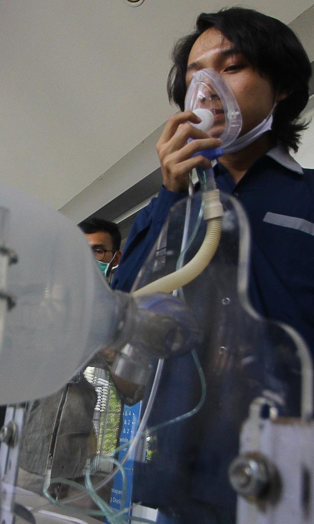 Menristek Sebut Ada RS Minim Ventilator, Buatan Lokal Belum Diizinkan Kemenkes (296955)