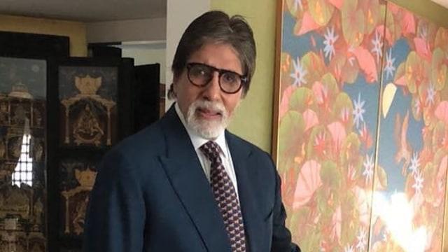 Amitabh Bachchan Sembuh dari COVID-19 Setelah 3 Minggu Dirawat (1)