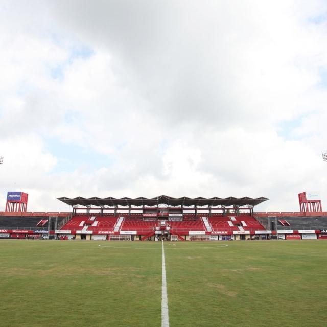 Stadion Kapten I Wayan Dipta, SQUARE