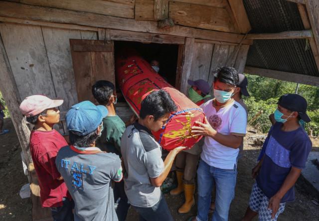 Mengenal Ma'Nene, Ritual Mengganti Pakaian Mayat di Toraja, Sulawesi Selatan (596487)