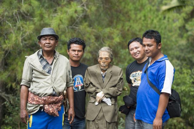 Mengenal Ma'Nene, Ritual Mengganti Pakaian Mayat di Toraja, Sulawesi Selatan (596488)
