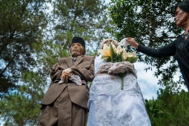 Mengenal Ma'Nene, Ritual Mengganti Pakaian Mayat di Toraja, Sulawesi Selatan (596489)