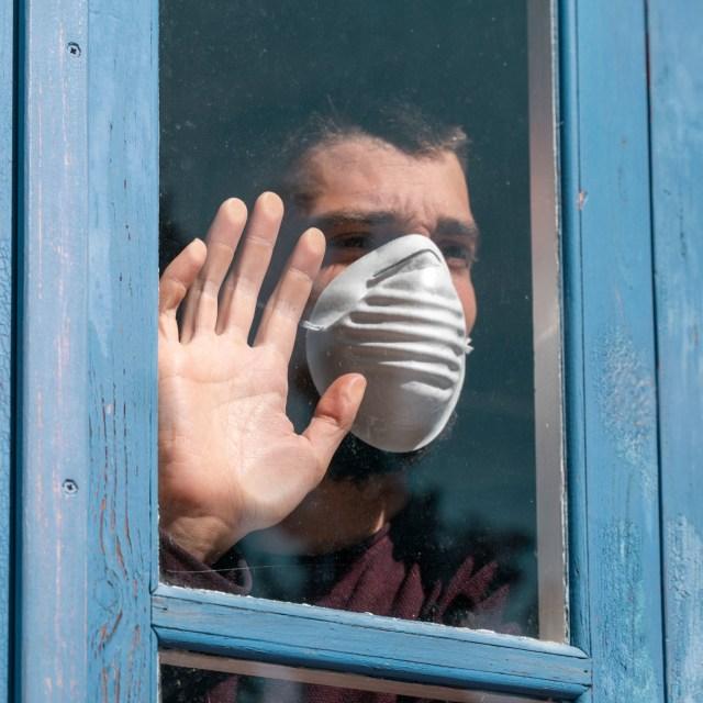 Face Shield dan Masker Ventilasi Ternyata Tak Efektif Cegah Corona, Ini Faktanya (1)