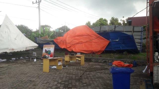 Posko COVID-19 di Aceh, Porak-poranda Disapu Puting Beliung (286698)