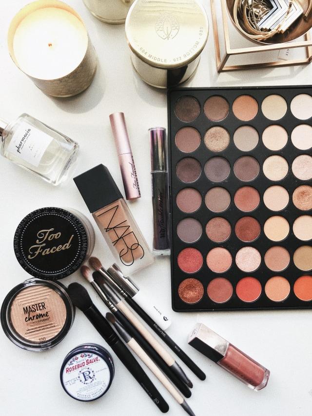 5 Langkah Makeup Natural Hanya dalam 5 Menit (30415)