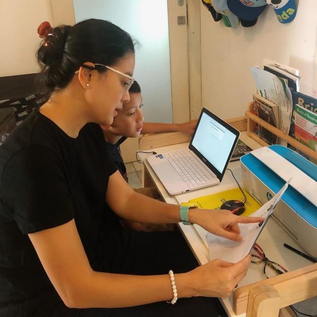 Belajar dari Rumah, Marcella Zalianty Diwawancara Anaknya untuk Tugas Sekolah (284085)