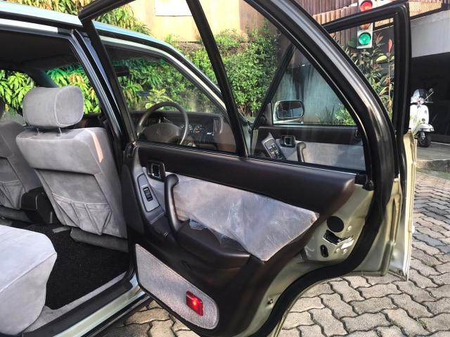Odometer Masih 5.000 Km, Toyota Crown Klasik Dijual Seharga Veloz Baru, Minat? (732335)